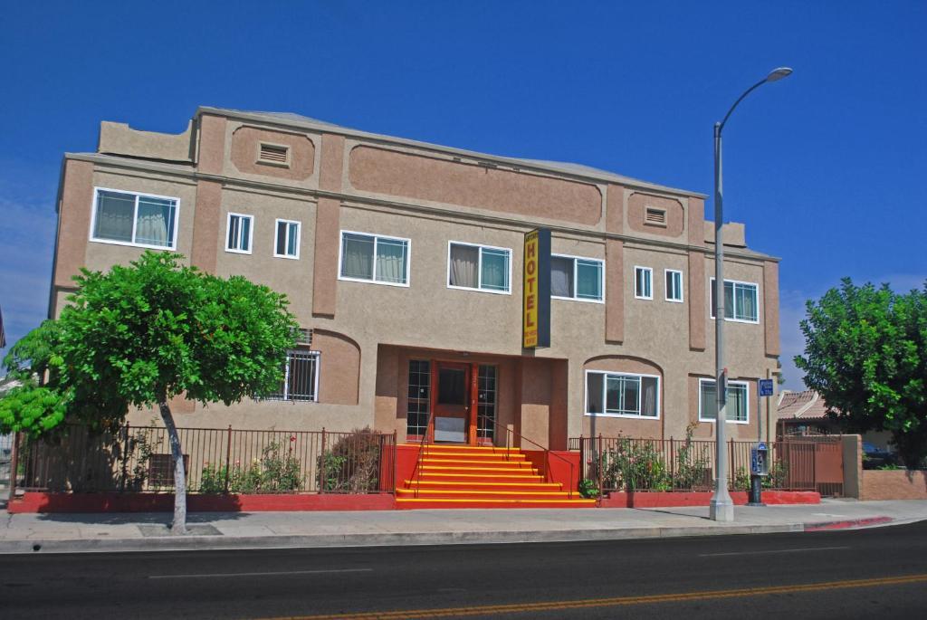 Отель  Antonio Hotel - Downtown Los Angeles, near Hollywood  - отзывы Booking
