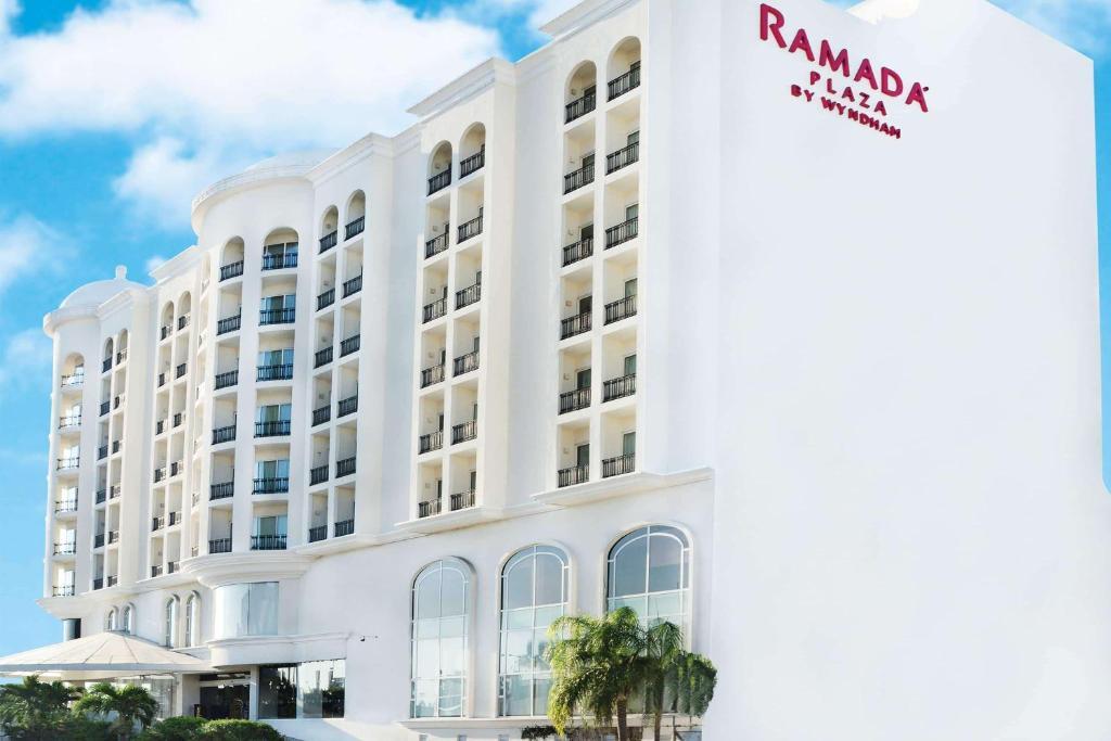 Отель  Ramada Plaza by Wyndham Veracruz Boca del Rio  - отзывы Booking