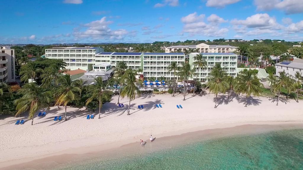 Отель  Отель  Coconut Court Beach Hotel