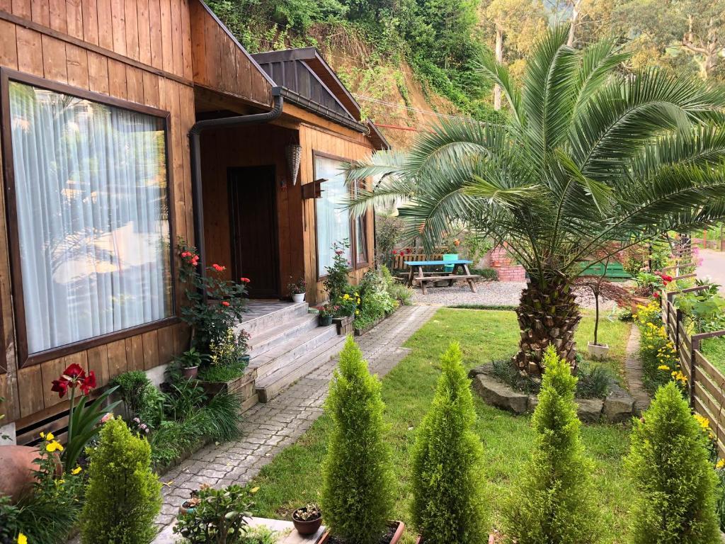 Дом для отпуска Chalet Ochos Qokhi - отзывы Booking