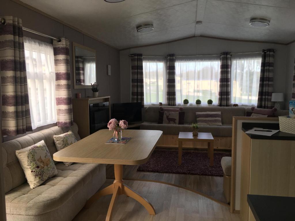 Кемпинг  Woodberry (Acorn Caravan Holidays Newquay)  - отзывы Booking