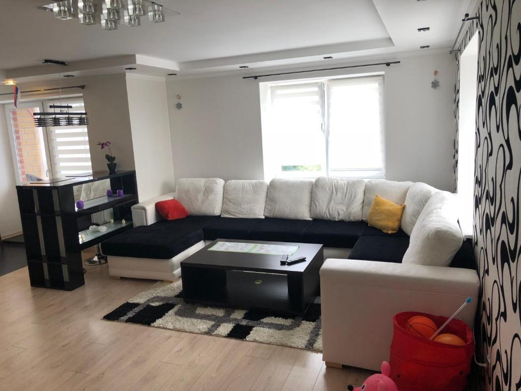 Апартаменты/квартира  Уютная дизайнерская квартира  - отзывы Booking