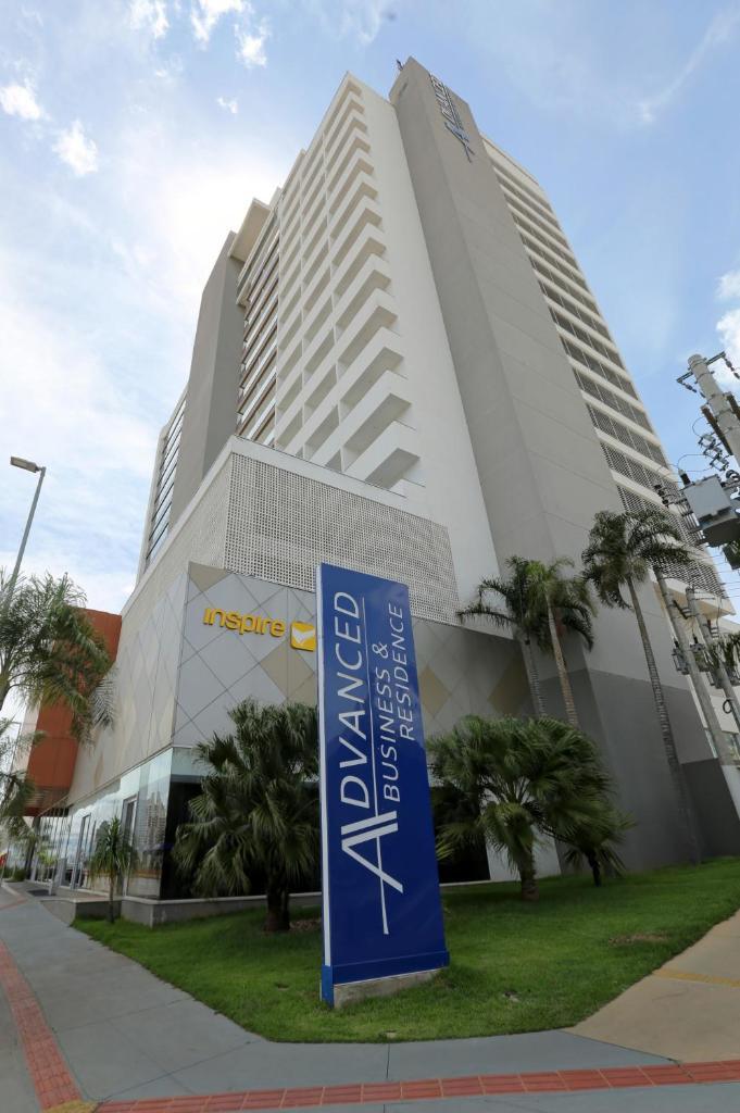 Отель  Отель  Advanced Hotel & Flats Cuiabá