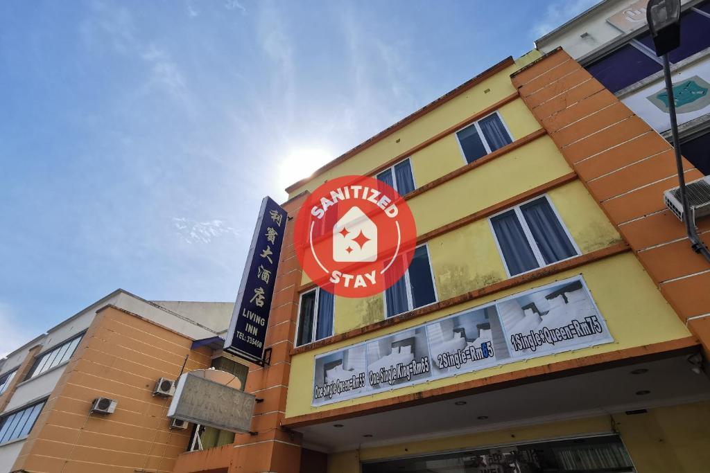Отель  OYO 90239 Living Inn  - отзывы Booking