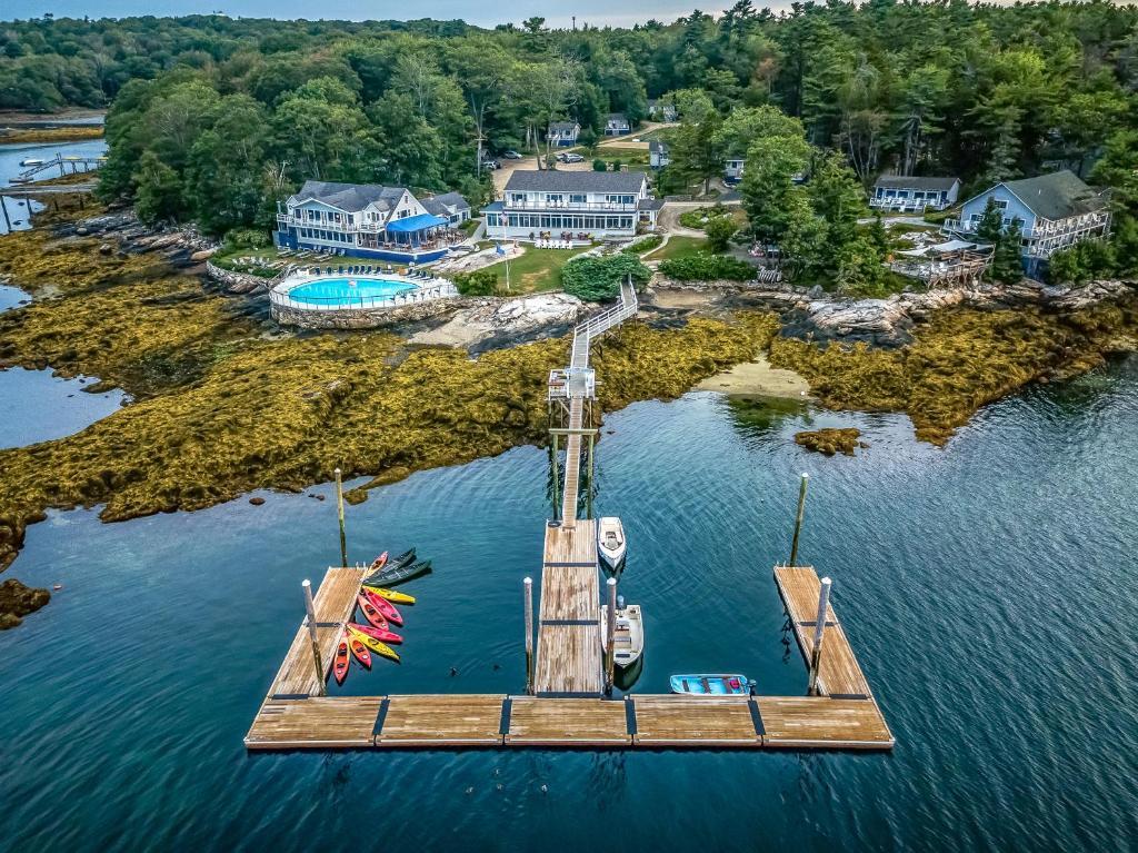 Курортный отель  Linekin Bay Resort  - отзывы Booking