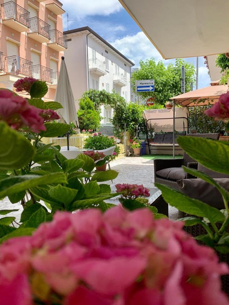 Гостевой дом Гостевой дом Room In Guest Room - New Hotel Cirene Triple Room Comfort With Full Pension