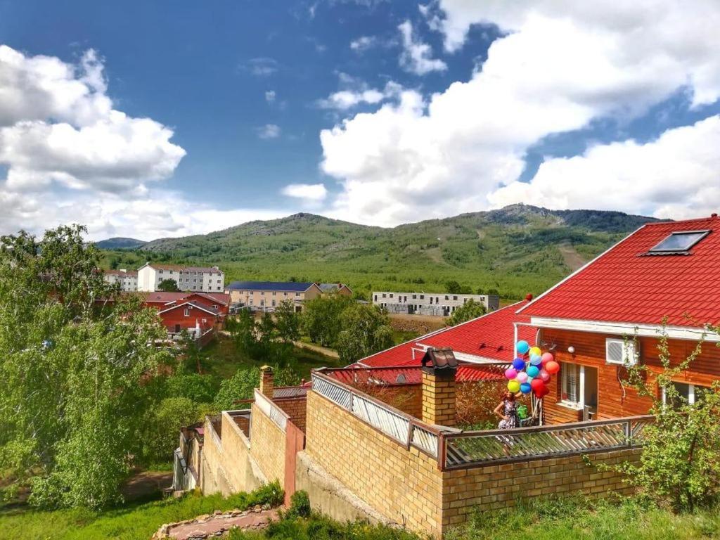 Дом для отпуска Коттедж 77 м² на участке 2 сот. - отзывы Booking