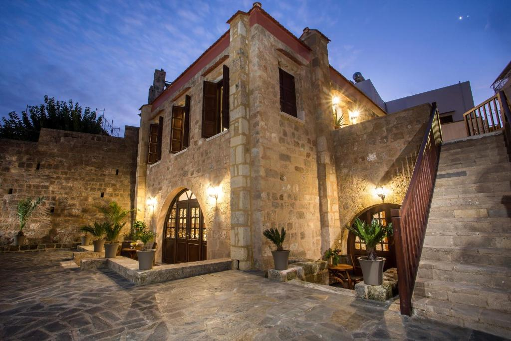 Дома для отпуска  Kamara Antica Apartments