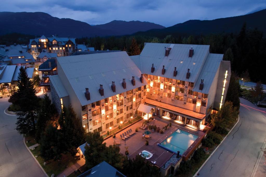 Отель  Mountainside Lodge