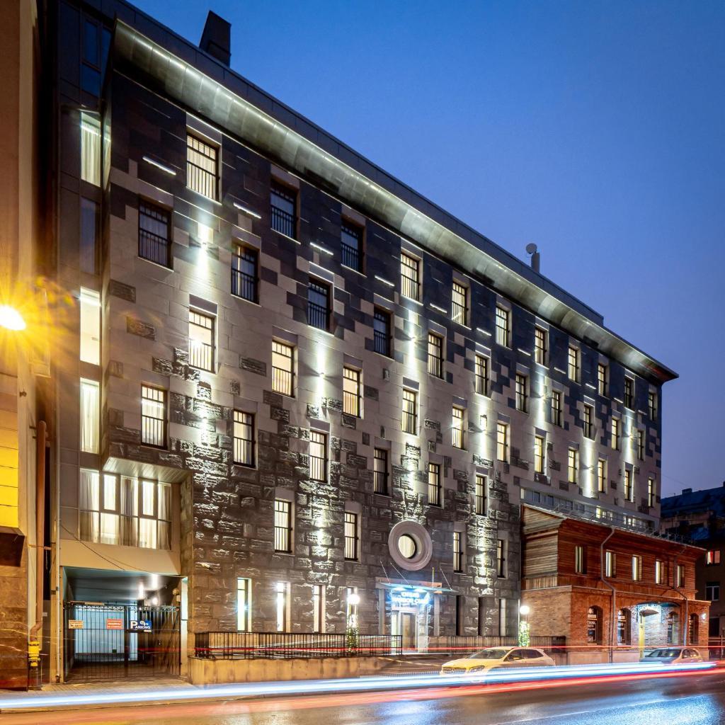 Отель  Harbor Club Hotel  - отзывы Booking
