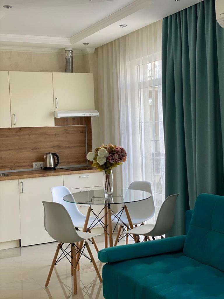 Апартаменты/квартира  Квартира в Сочи