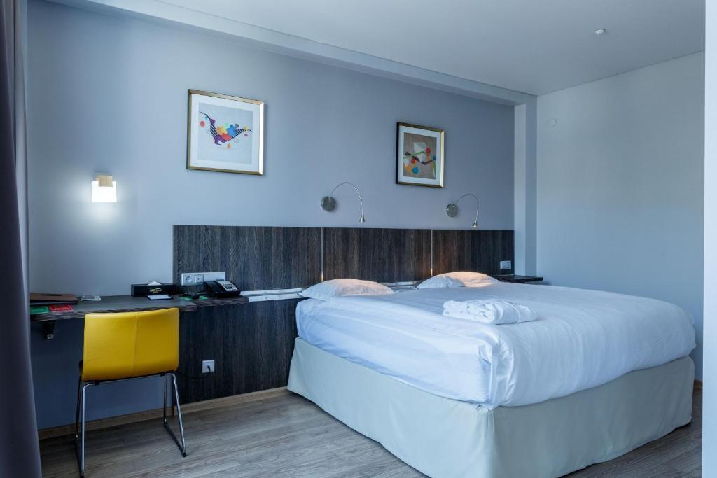 Отель  Отель  Smart Hotel Bishkek
