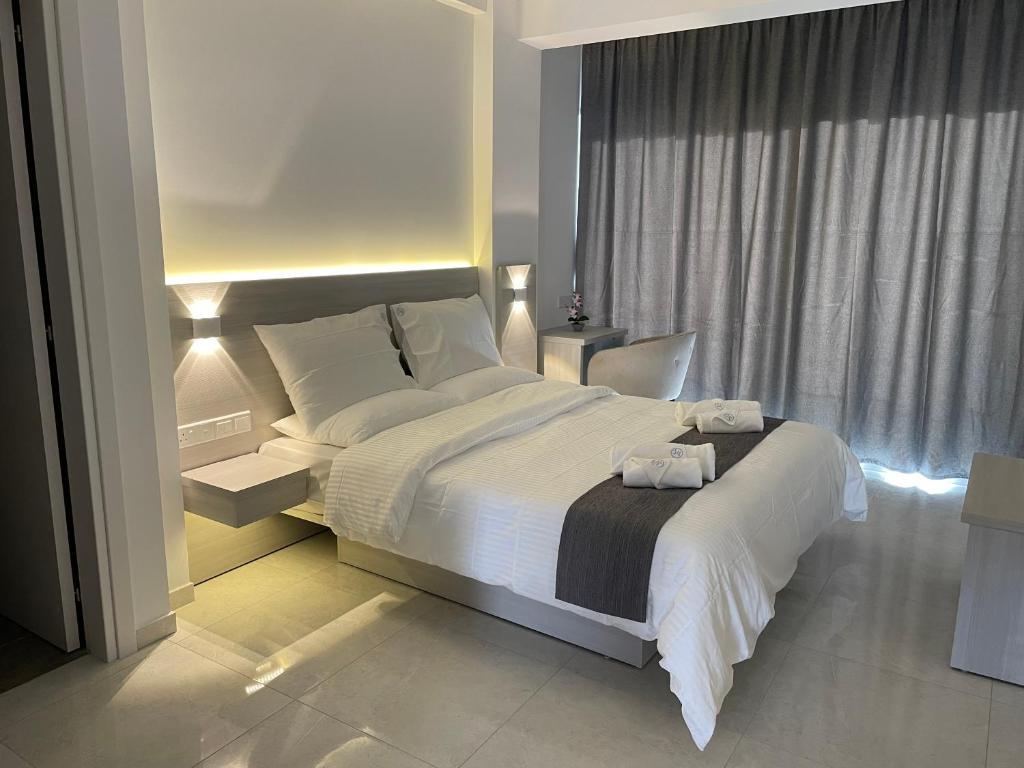 Отель  Отель  La Veranda Hotel