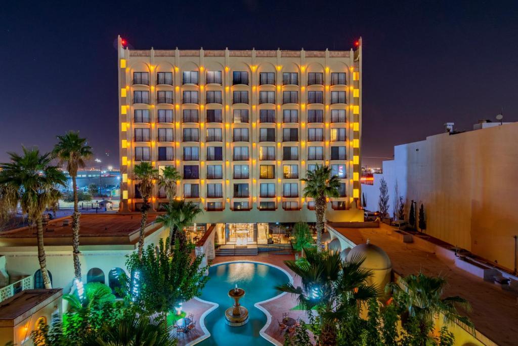 Отель Отель Hotel Lucerna Ciudad Juarez