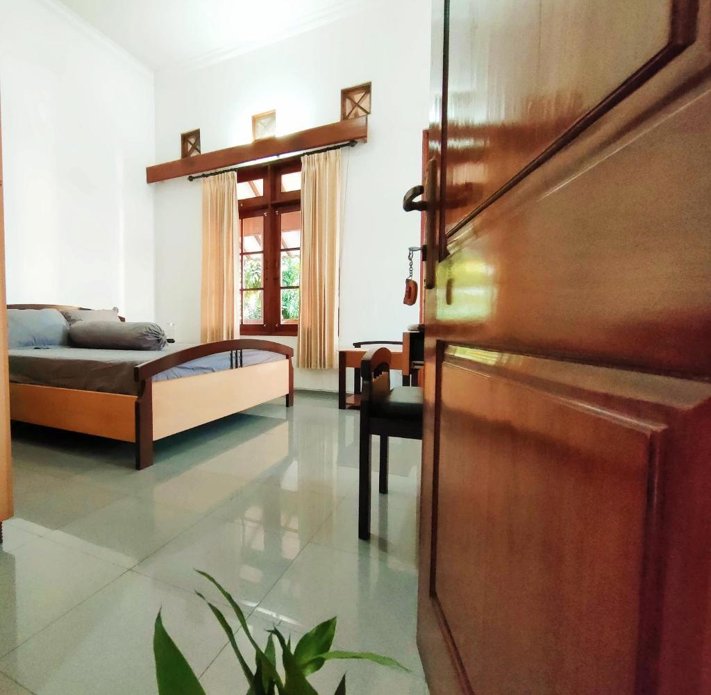 Лодж Лодж Ayodya Inn , Yogyakarta Lodging , Digital Nomads , Entrepreneurs Centre , CoWorking Space , CoLiving , Kost Lengkap , Exclusive Boarding House And Student Accommodation In Jogjakarta City Center !