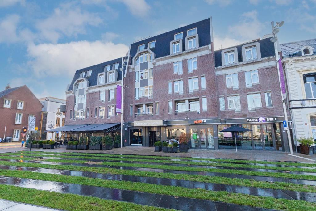 Отель  Mercure Hotel Tilburg Centrum  - отзывы Booking