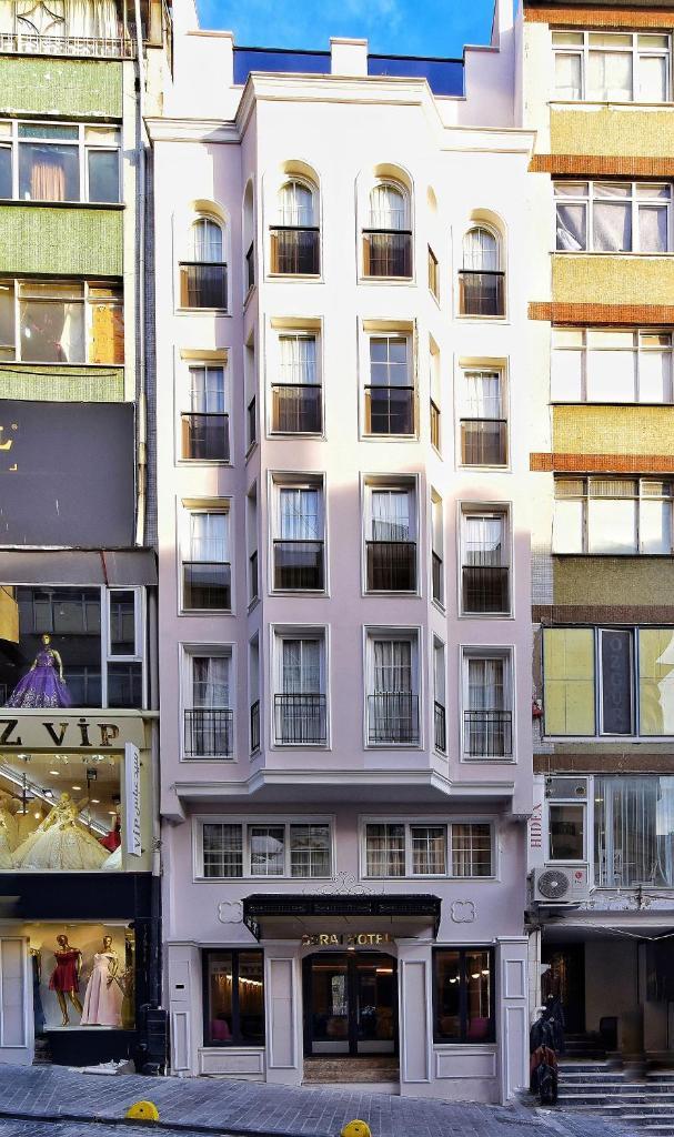 Отель  Serai Hotel  - отзывы Booking