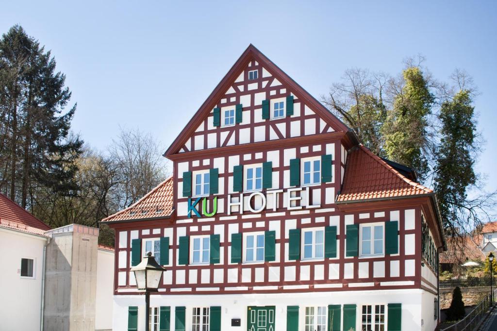 Отель  KU Hotel  - отзывы Booking