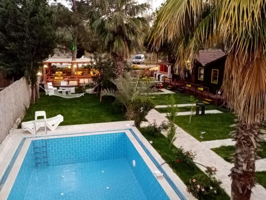 Отель  Kaptain Eudemos  - отзывы Booking
