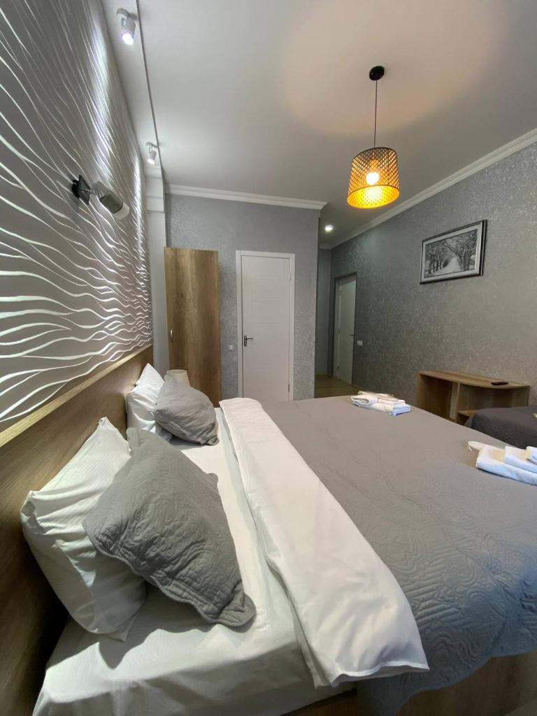 Отель  Hotel Traveler  - отзывы Booking