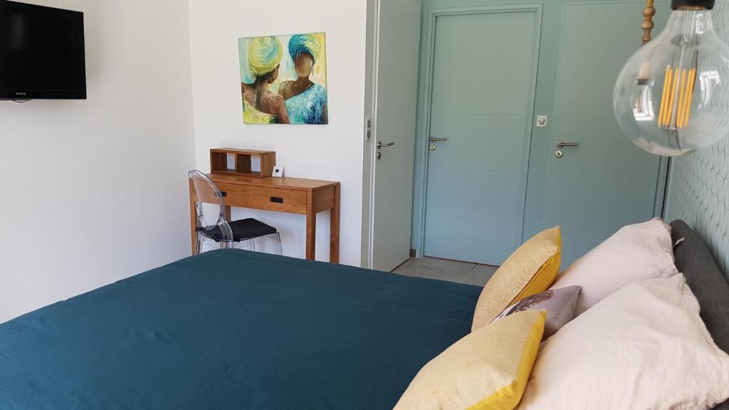 Отель типа «постель и завтрак»  L'Abrico'thym  - отзывы Booking