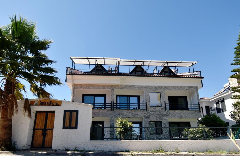 Отель  Tahirağa Otel  - отзывы Booking