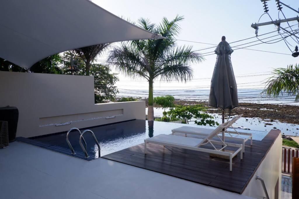 Вилла Luxury Beachfront Villa Right On Kamala Cove Beach