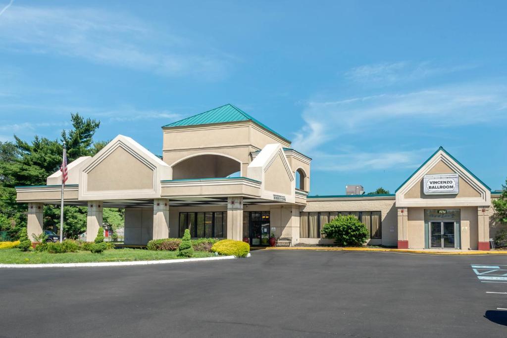 Отель Hammock Hotel Levittown - Philadelphia Langhorne - отзывы Booking