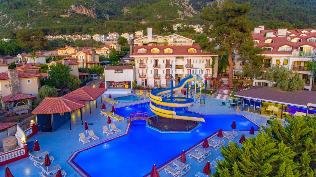 Отель Sunshine Holiday Resort - отзывы Booking