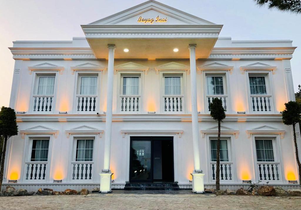 Отель  Otel Beyaz İnci  - отзывы Booking