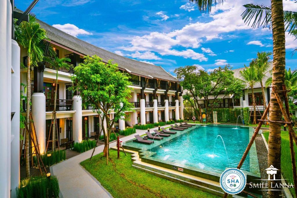 Отель  Smile Lanna Hotel