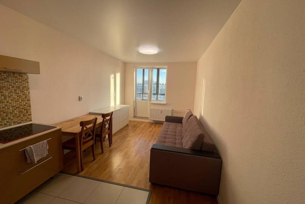 Апартаменты/квартира  Апартаменты у Шуваловского леса  - отзывы Booking
