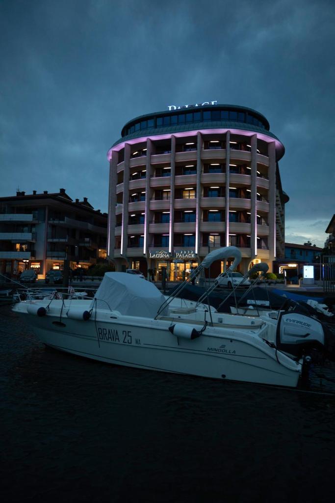 Отель  Laguna Palace Hotel Grado  - отзывы Booking
