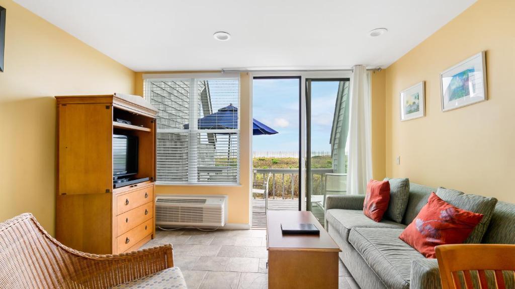 Курортный отель  The Surf Club Resort  - отзывы Booking