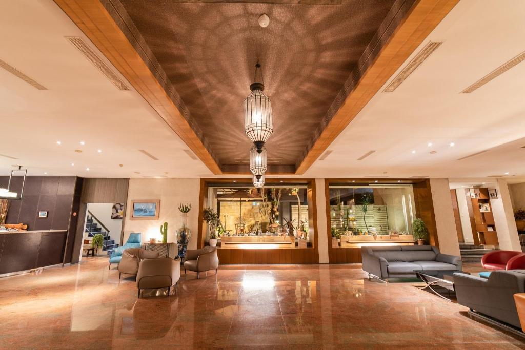 Мини-гостиница  Jih Lih Hotel  - отзывы Booking
