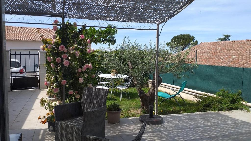 Дом для отпуска  Le Pré Aux Cigales  - отзывы Booking