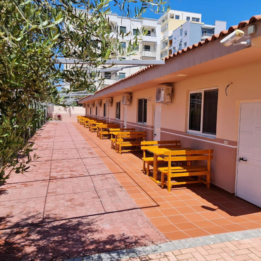 Отель  Vila IVINA  - отзывы Booking