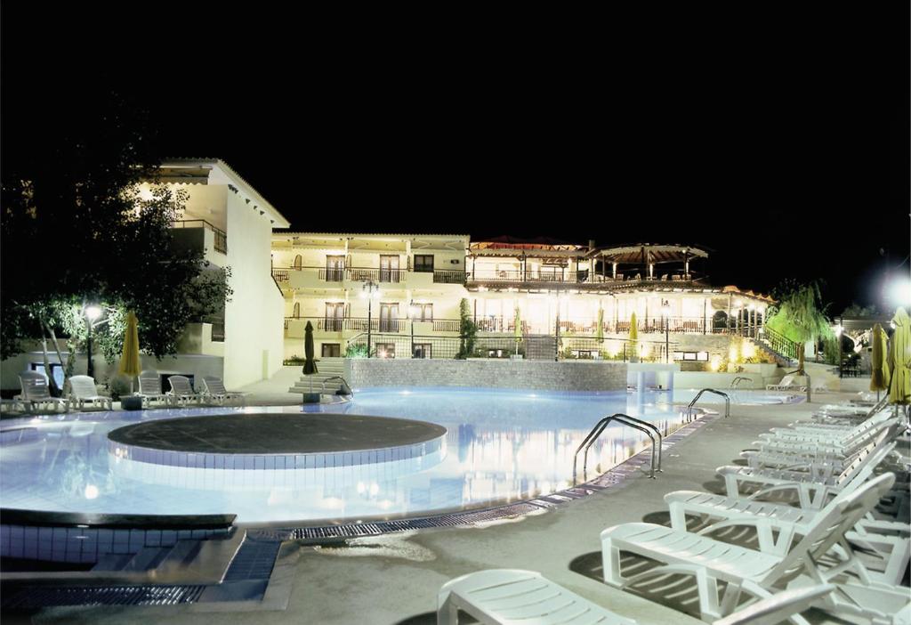 Отель  Hotel Makednos  - отзывы Booking