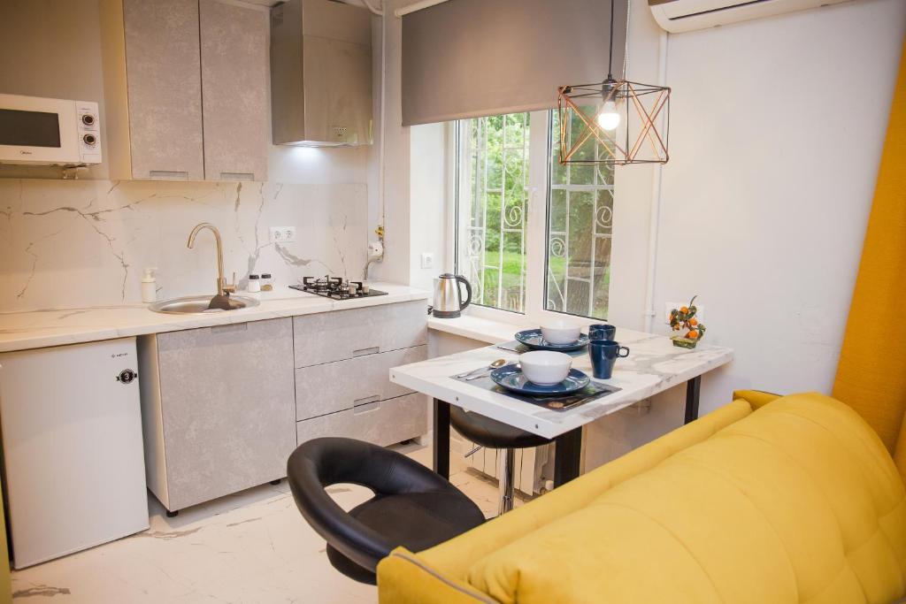 Апартаменты/квартира  Желтая студия Ленина 123 корпус 3  - отзывы Booking