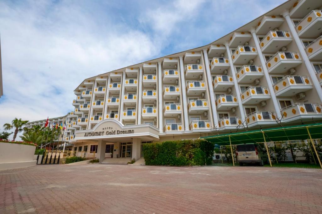 Курортный отель Aydinbey Gold Dream Hotel - отзывы Booking