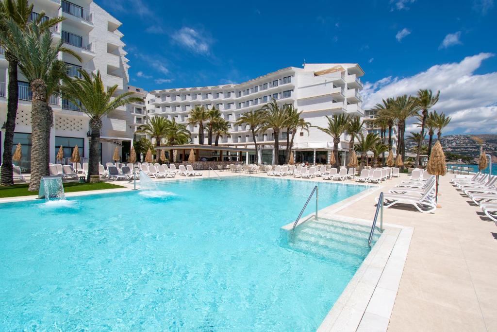 Отель Hotel Cap Negret