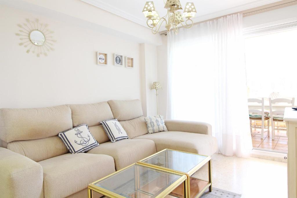 Апартаменты/квартира  Ático con terraza y piscina en playa Almardá  - отзывы Booking