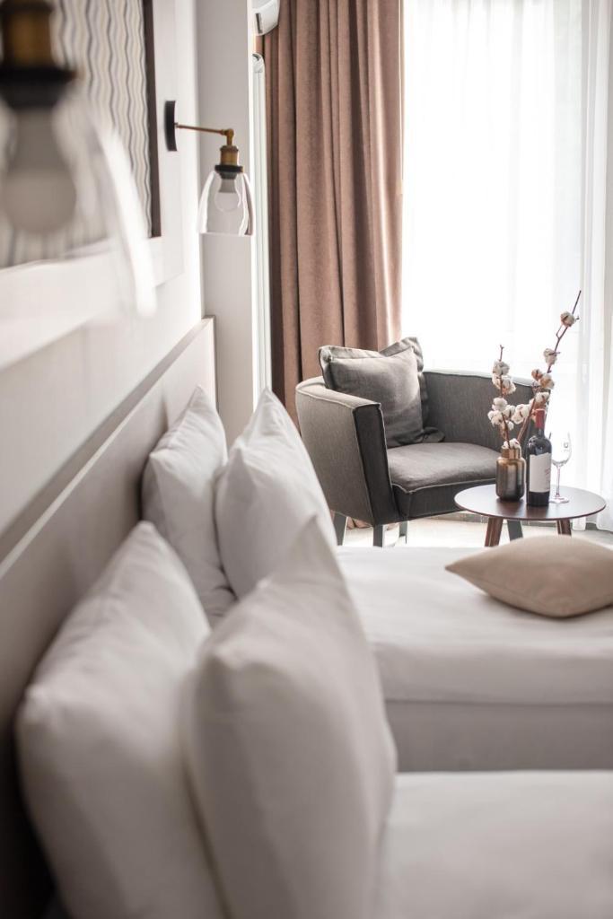 Отель  Thomas Albert  - отзывы Booking