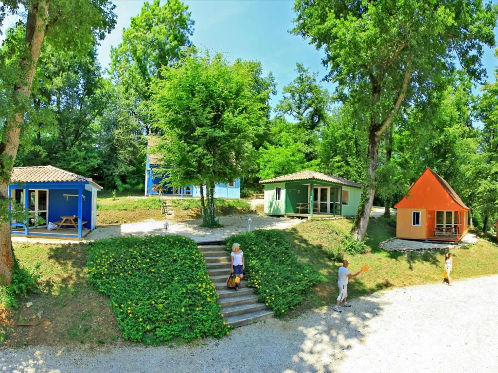 Дома для отпуска  Les Chambres du Club Vert  - отзывы Booking