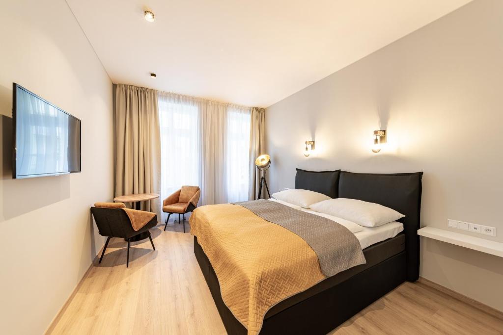 Отель  Abri Hotel
