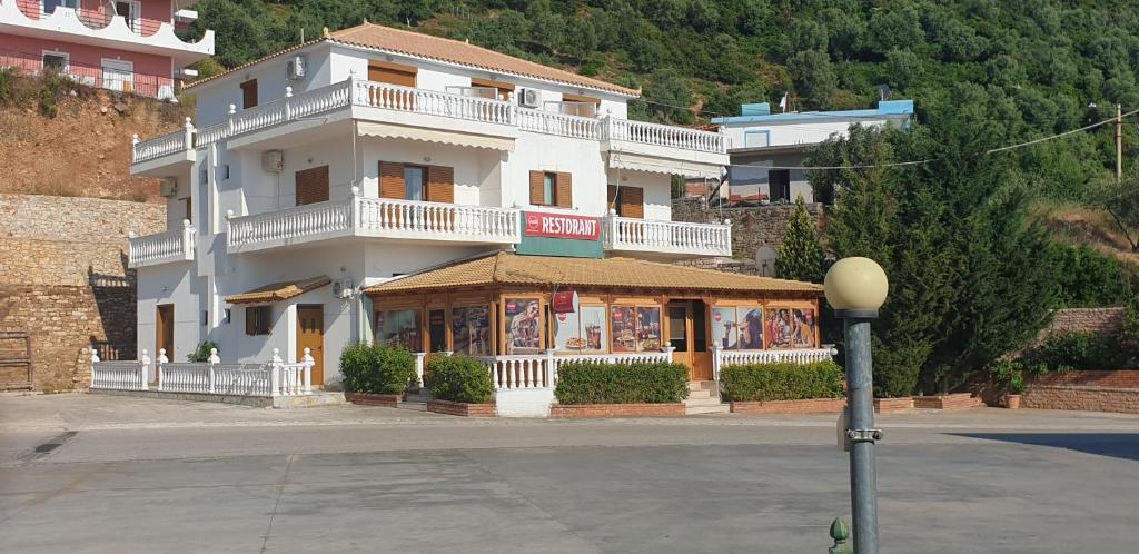 Апарт-отель  Hotel Lagjini