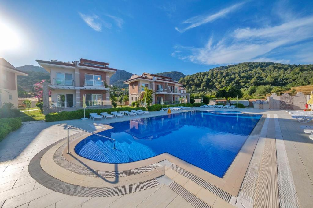 Вилла  Golden Golf Sarıgerme Villaları  - отзывы Booking