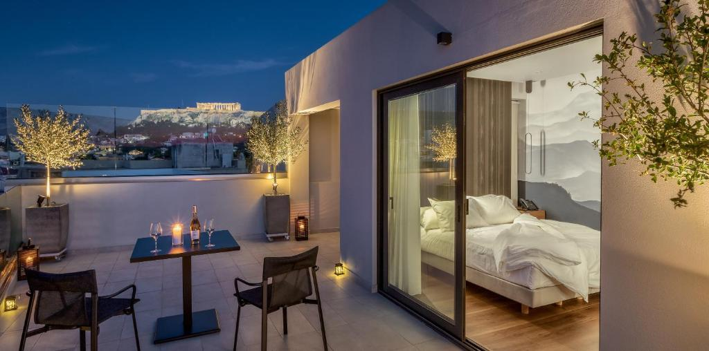 Отель  Ivis 4 Boutique Hotel  - отзывы Booking