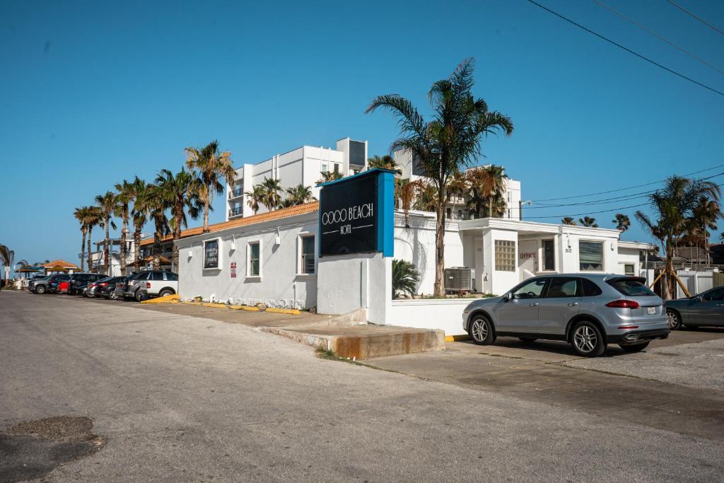 Мотель  Coco Beach Hotel  - отзывы Booking
