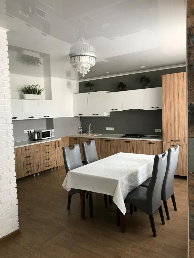 Апартаменты/квартира  Апартаменты Места хватит всем  - отзывы Booking